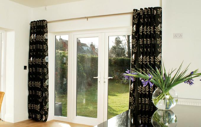 Les portes-fenêtres peuvent être bois, PVC,, aluminium