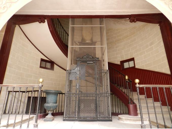 Comment faire aménager votre cage d\'escalier et optimiser ...