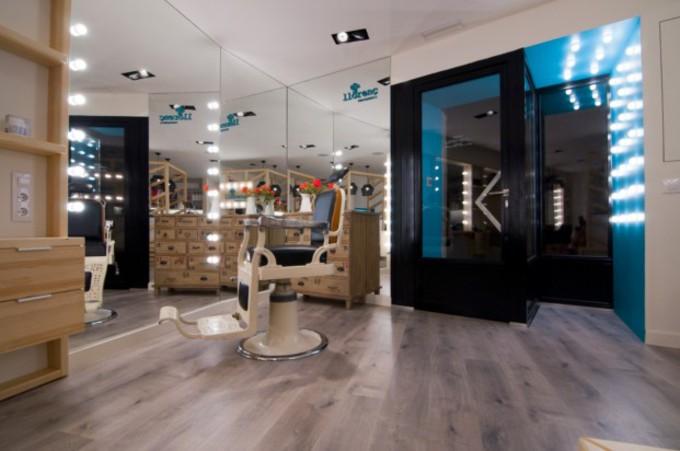 Comment agencer ou décorer votre salon de coiffure avec des ...